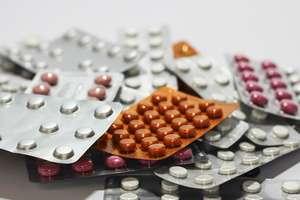 Leki na kaszel wycofane z obrotu. Sprawdź, czy masz je w swojej apteczce!