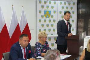 Pierwsi w Polsce dopłacą seniorom do leków