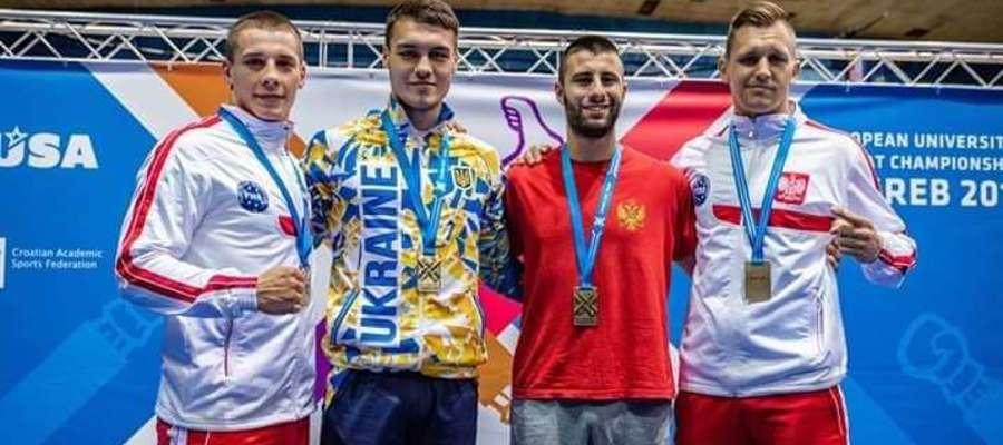 Piotr Kołakowski (z prawej) wywalczył srebrny medal