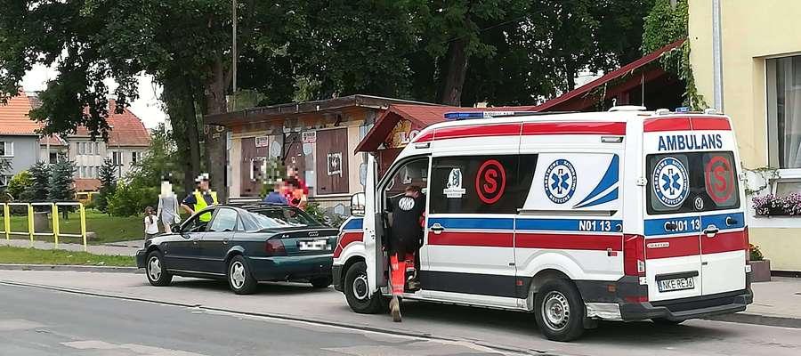 Te pojazdy brały udział w kolizji. Zdjęcie wykonano już po ich przemieszczeniu z miejsca zdarzenia.
