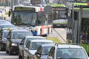 W Olsztynie, po gwałtownym hamowaniu autobusu, zmarł 86-letni pasażer
