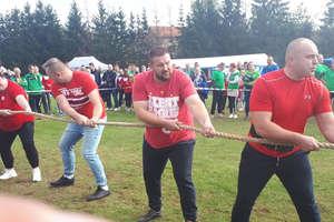 Gmina Ostróda siłaczami stoi, wygrała letnie igrzyska samorządowe [zdjęcia]