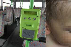 Dziecku stała się krzywda w olsztyńskim autobusie. Internauci zareagowali... falą hejtu
