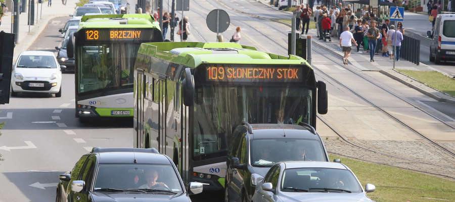 Rzecznik MPK Olsztyn Cezary Stankiewicz jest pewny, że kierowcy autobusów jeżdzą bardzo uważnie.