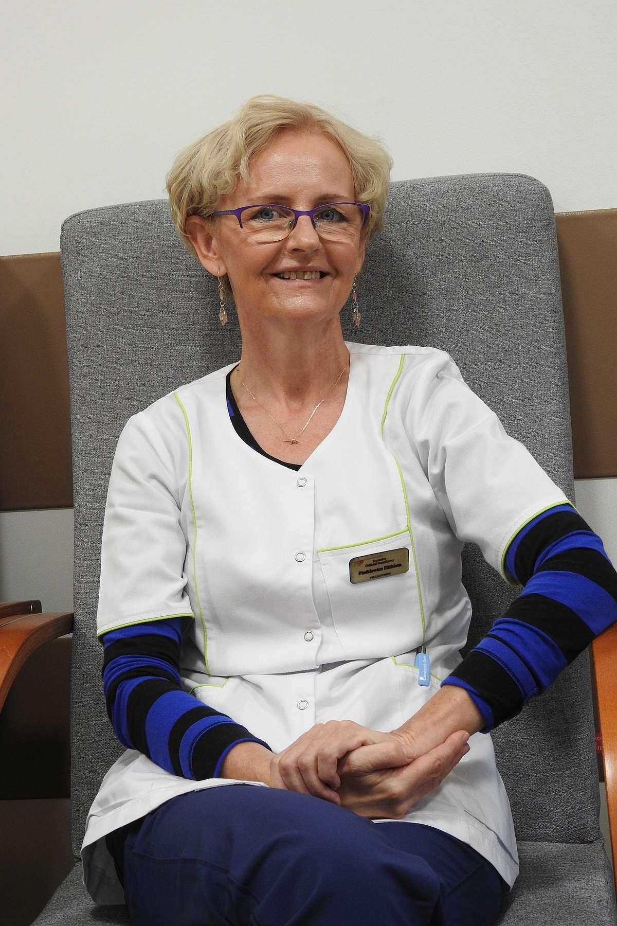 Pielęgniarka Elżbieta Pietkiewicz ze Szpitalnego Oddziału Ratunkowego, szpitala powiatowego w Bartoszycach.