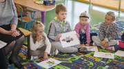 Dzień głośnego czytania w oddziale przedszkolnym w Sątopach