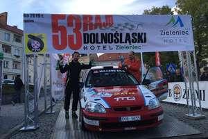 Binięda po raz drugi z rzędu rajdowym mistrzem Polski. Tytuł przypieczętowany na Dolnym Śląsku
