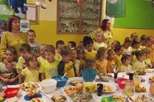Śniadanie daje moc w szkole w Żydowie
