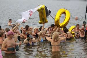 Bartoszyckie morsy obchodziły 10-lecie swojego klubu. ZDJĘCIA, FILM