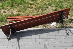 Zniszczył sprzęty na promenadzie w Orzyszu i podpalił dwa kontenery na śmieci. Poniesie za to konsekwencje