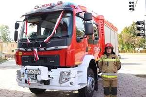 Nowy wóz pomoże w pracy Powiatowej Straży Pożarnej w Ełku