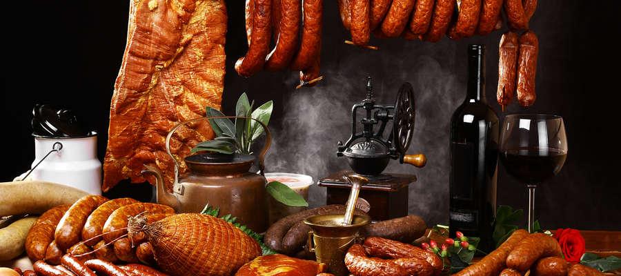 """Najlepsze wędliny, mięsa i kiełbasy tylko w sklepie """"U Mańka"""" w Piszu!"""