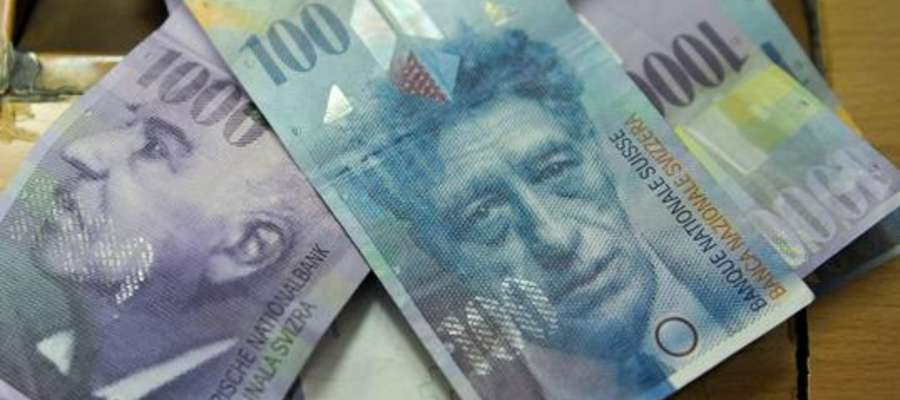 Szacuje się, że w Polsce udzielono łącznie około 700 tys. kredytów we frankach