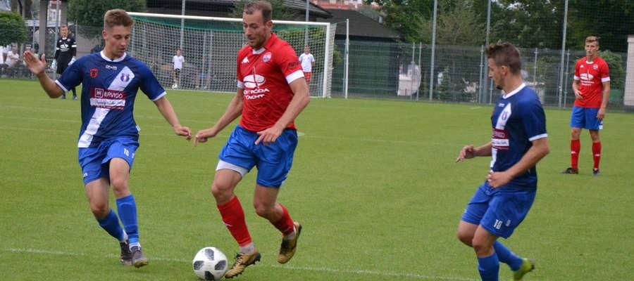 Pierwsze trafienie w barwach Sokoła zaliczył grający trener Piotr Kołc
