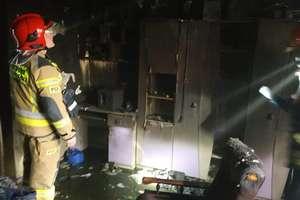 Pożar w Małych Bałówkach. Trzy osoby w tym dwójka dzieci w szpitalu [ ZDJĘCIA]