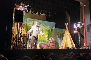Przedszkolaki z Bezled wybrały się na spektakl teatralny