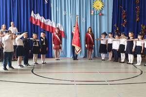 Ślubowanie pierwszaków w szkole w Tereszewie