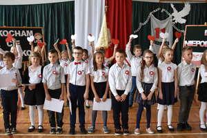 Uczcili 11 listopada w szkole w Marzęcicach
