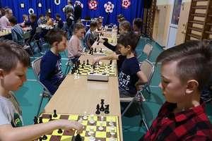 VI  Niepodległościowy Turniej Szachowy o Puchar Wójta Gminy Kurzętnik rozegrano w Brzoziu Lubawskim