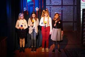 Uroczysta akademia z okazji Święta Niepodległości w Szkole Podstawowej w Szkotowie
