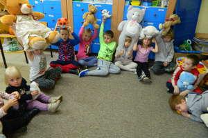 Dzień Pluszowego Misia w szkole w Galinach. ZOBACZ ZDJĘCIA