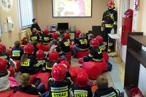 """Wizyty dzieci w sali edukacyjnej """"OGNIK"""""""