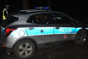 Zderzenie trzech aut. Dwie osoby trafiły do szpitala
