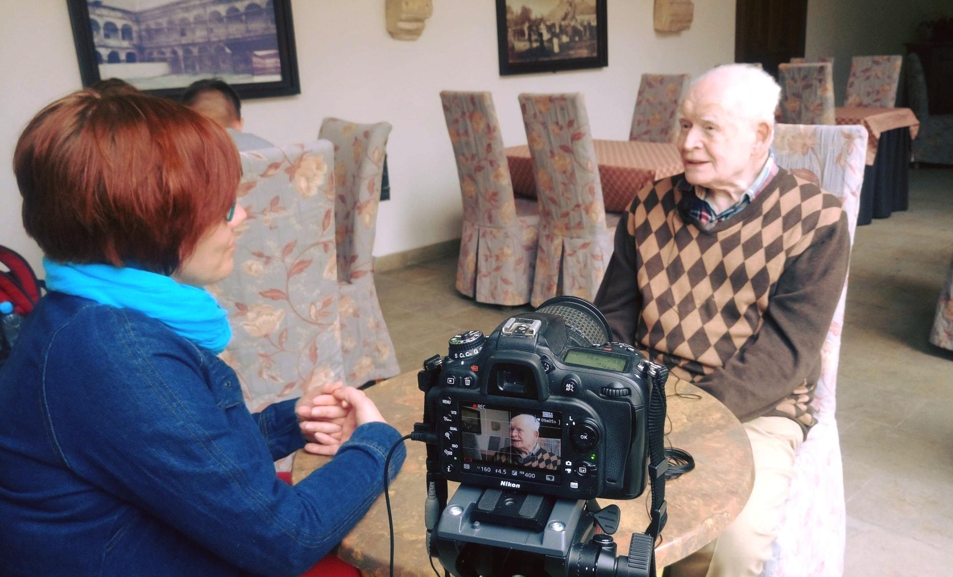 https://m.wm.pl/2019/12/orig/kinga-wisniewska-wywiad-z-prof-strzemboszem-600570.jpg