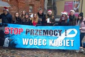 Happening przeciwko przemocy w Lidzbarku Warmińskim