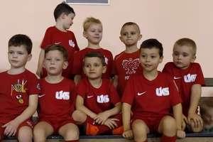 Najmłodsi zawodnicy UKS Jedynka na turnieju w Barczewie