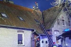 Pożar budynku w Rostkach