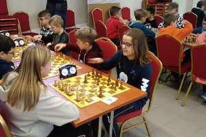 Trzecie miejsce uczniów SP 1 Ostróda w igrzyskach szachowych dzieci