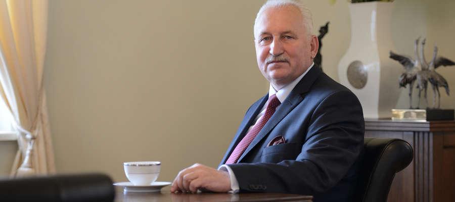 Marszałek Gustaw Marek Brzezin: Bądźmy odpowiedzialni za siebie, za naszych bliskich, miejmy na uwadze ludzi starszych i samotnych