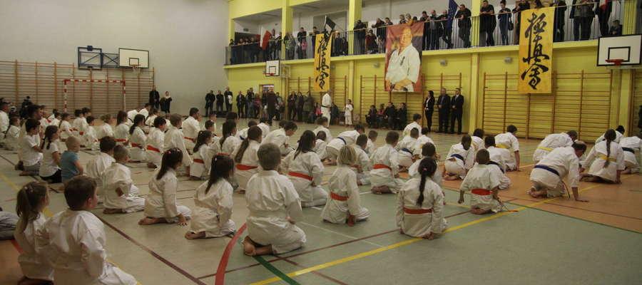 Egzamin w Bartoszyckim Klubie Kyokushin Karate na wyższe stopnie szkoleniowe