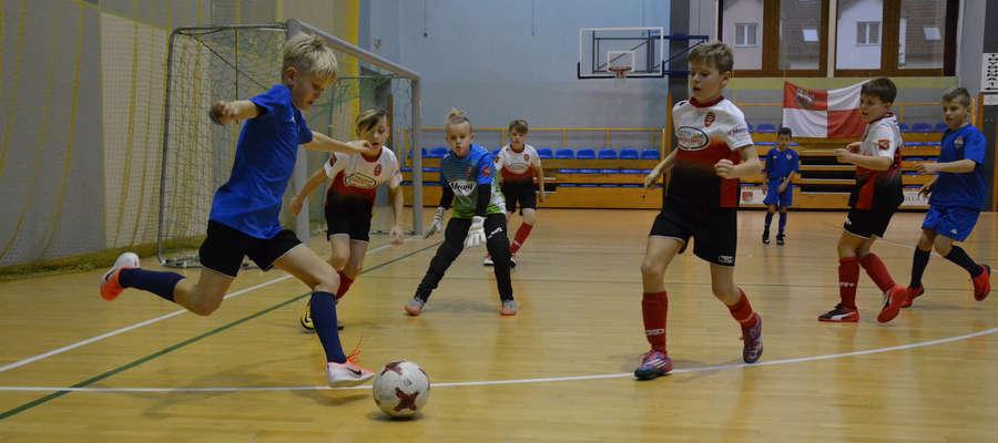Turniej w hali OCSIR zdominowały drużyn AP Ostróda i ostródzkiego Sokołą