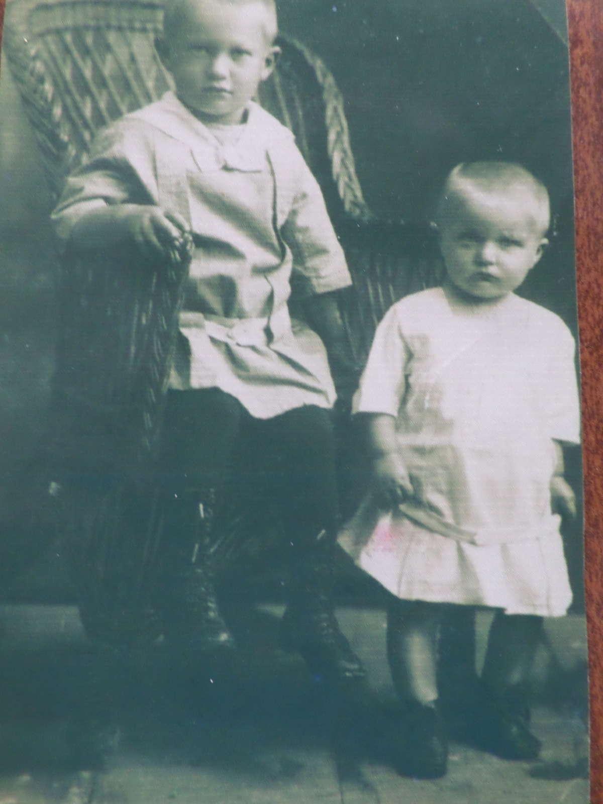 Zbigniew i Kazimierz Boguccy. Rok 1921