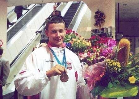 Adam Seroczyński po przylocie do Polski z Sydney