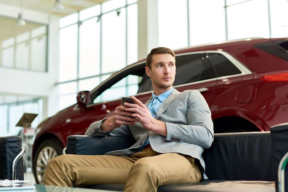 Zwiedzasz mazury? Wypożycz samochód i zobacz więcej! - full image