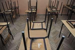 Koronawirus na Warmii i Mazurach: Szkoły sobie radzą, co z lokalami?