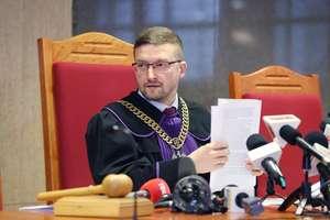 Sędzia Juszczyszyn zawieszony i z mniejszymi pieniędzmi [VIDEO]