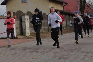 Biegiem otworzyli sportowy rok w gminie Ostróda i rekordowo wsparli WOŚP [ZDJĘCIA]