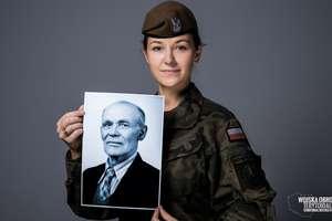 Z okazji Dnia Dziadka pani Monika z 4. Warmińsko-Mazurskiej Brygady Obrony Terytorialnej, opowiada o swoim przodku