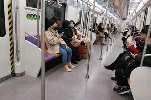 W Chinach każdy nosi maskę