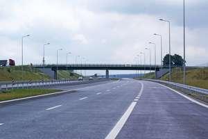 Ukradł przewody energetyczne zasilające oświetlenie wzdłuż trasy S7