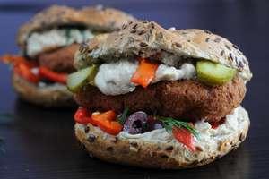 Polacy coraz chętniej rezygnują z mięsa na rzecz produktów roślinnych