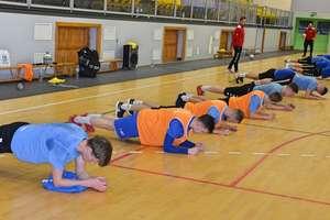 Piłkarze Sokoła Ostróda są po dwóch treningach, w sobotę gra wewnętrzna
