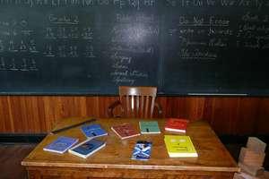 Pytamy i odpowiadamy: Z którego z tych przedmiotów powinno się zrezygnować w szkole podstawowej? [SONDA]