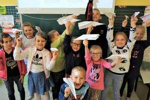 Dzieciaczki z Czwórki uczą się twórczego myślenia i techniki