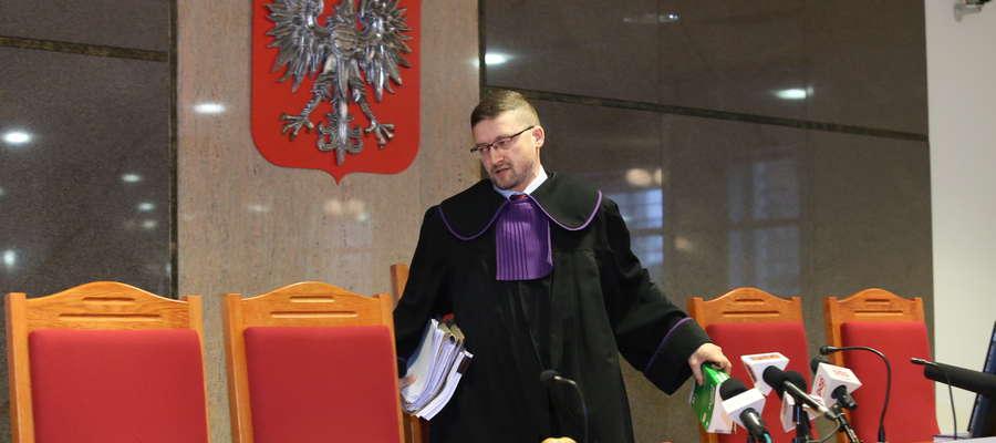Sędzia Juszczyszyn zamiast w pracy jest na kwarantannie