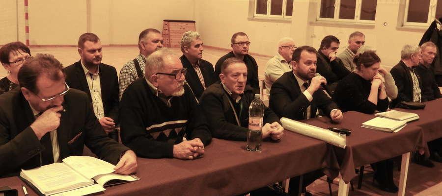 Podczas spotkania w Szwarcenowie, gdzie dyskutowano o przyszłości szkół w Ostrowitem i Szwarcenowie